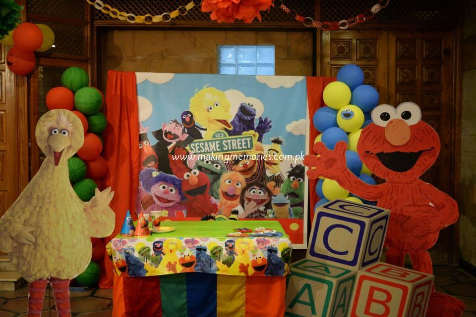 Sesame Street Birthday Party Stage Decor
