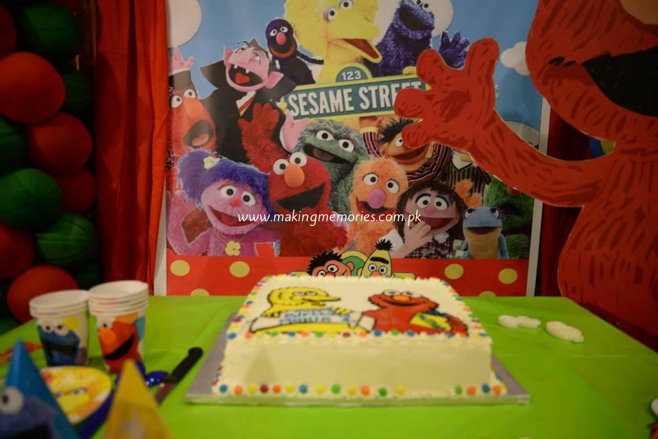 Sesame Street Birthday Party Stage And Cake