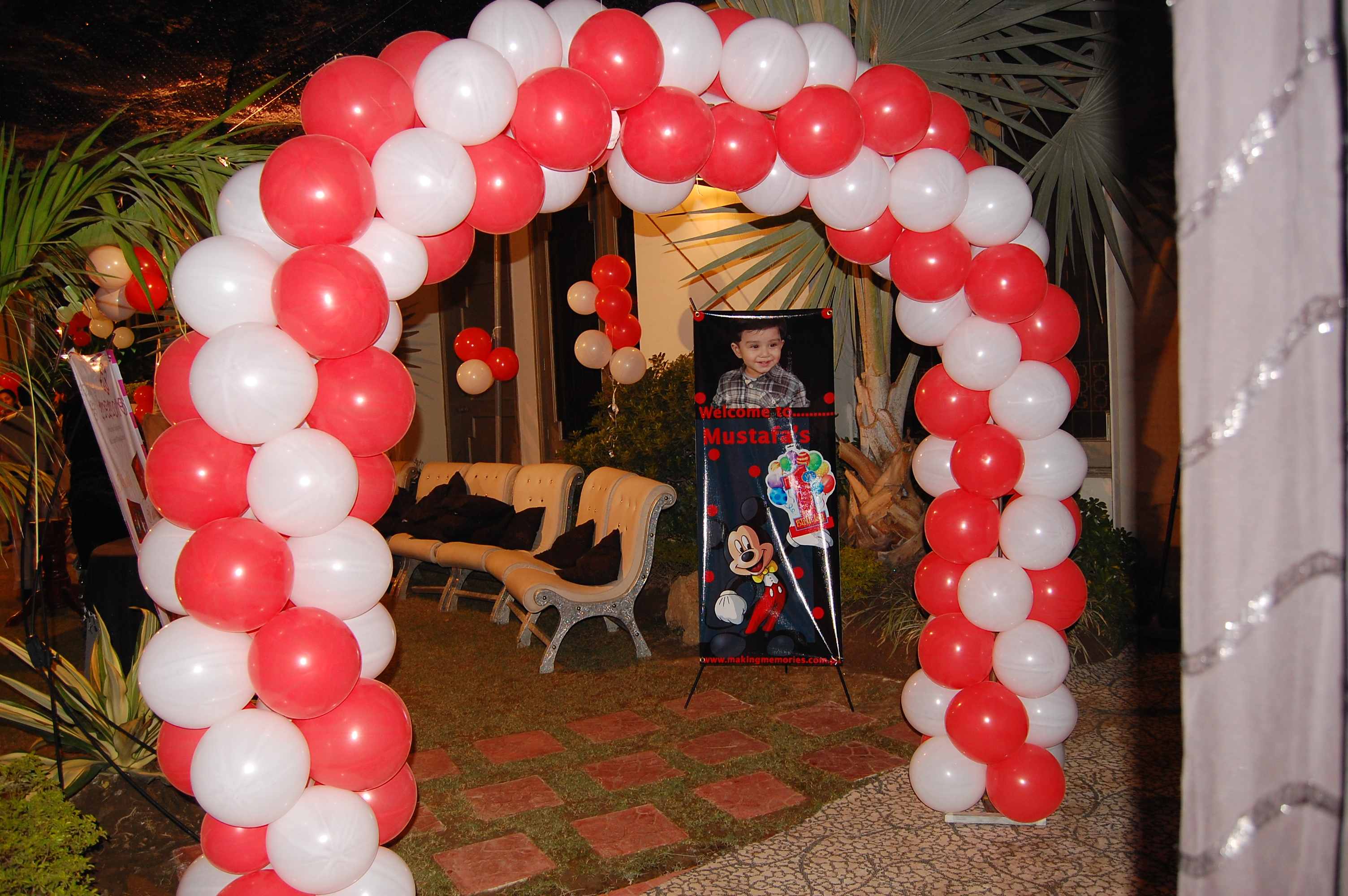 Red and White Balloon Arches